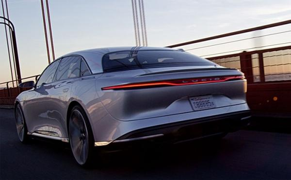 electric car Lucid Air